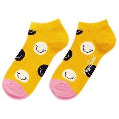 Happy Socks Smile low socks (16 BAM) ❤ liked on Polyvore featuring intimates, hosiery, socks, yellow, yellow socks, print socks, patterned hosiery, patterned socks and low socks