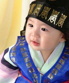 Dol hanbok for kids
