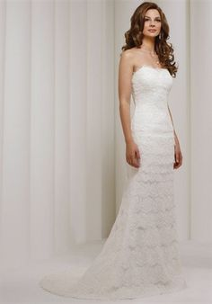 Robert Bullock Lace Strapless Firra Wedding Dress