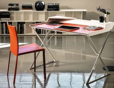 With up to 30% discount you can shop for fresh collections of office desks at Barker and Stonehouse that suits the space perfectly.