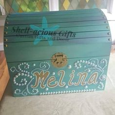 Painted Toy Chest, Painted Wooden Boxes, Treasure Chest Craft, Treasure Boxes, Mermaid Toys, Blessing Bags, Valentine Box, Mermaid Birthday, Diy Box