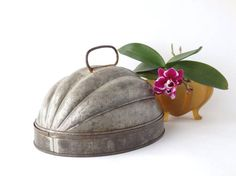 Vintage Mold Pudding Cake Melon Shaped Tin by AveryandAllen