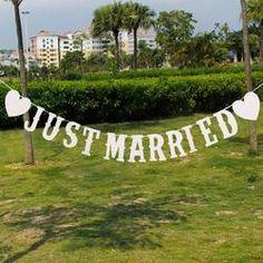 """JUST MARRIED"" Western Letter Garland Banner"