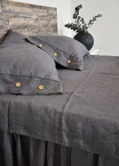 Diy Pillows, Linen Pillows, Linen Bedding, Decorative Pillows, Bed Linen, Cushions, Body Pillow Covers, Bed Covers, Pillow Shams