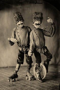 DoLores Hadley and La Famille Marionettes