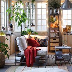 Многофункциональность дивана ЭКЕБОЛ предоставляет множество возможностей! Вам выбирать, где установить подлокотник и что хранить на полке под диваном.   На фото: 3-местный диван ЭКЕБОЛ (29999.-) #IKEA #ИКЕА #ИКЕАРоссия #будьтетакдома #новинкаИКЕА