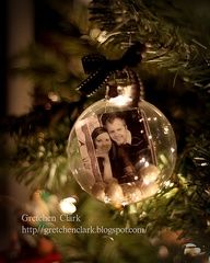picture in an ornament  Should do a pic every year!!