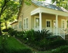 Sweet southern cottage