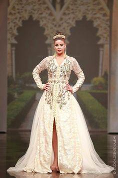 caftan royal - Google Search. Layla · Caftan for wedding 5761a441fc6