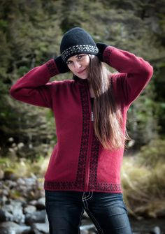 A lovely warm, soft and comfortable possum merino Berry Red jacket. This is perfect for the weekend and a very New Zealand design with Maori Koru patterns. NZ$229