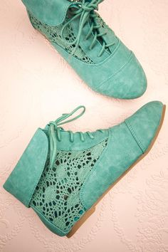 A cute little blue suede bootee to wear on cool breeze days.