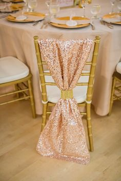 blush and gold wedding decor