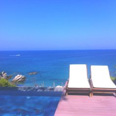 Seaview, blue is my color!