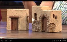 Pin by Vivian Creacy on ART: Miniature crafts Nativity House, Diy Nativity, Christmas Nativity, Fall Crafts, Diy And Crafts, Christmas Crafts, Fontanini Nativity, Clay Fairy House, Doll House Crafts