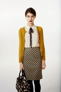 pretty office outfit...follow this board for more business casual outfit ideas!