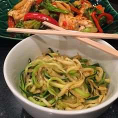 Food Impressions: Zoodle Stir Fry with Chicken and Vegetables (Using the Veggetti)