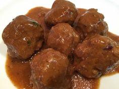 LA COCINA DE MAMI: ALBONDIGAS CON SALSA DE PEDRO XIMENEZ Beef, Ethnic Recipes, Food, Spanish, Cook, Steak Rolls, Ground Beef Recipes, Soup Bowls, Sauces