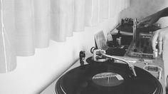 先日のリハビリの続き #修行 #dj #djmix #リハビリ #groundbeat #acebeat #アナログ #レコード #vinyl #music #musica #instamusic #instamusica #sound #instasound #12inch #ilovevinyl #vinylcollection #vinyljunkie #vinylcollector #vinylgram #vinyloftheday #instavinyl #lp #record #randb #vinyllover #musiclover #downtempo #rehabilitation