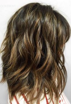 Hey – California hair color doesn't mean just blonde. Brunette balayage hair color by Brooke Bent.