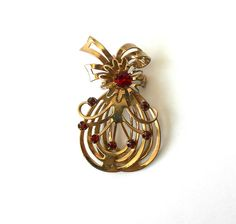 Vintage Brooch Pendant Layered Red by MargsMostlyVintage on Etsy