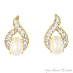 Gold Earring - Our Compliments - Canada - Fifth Avenue Collection - Jewellery that changes the way you see fashion