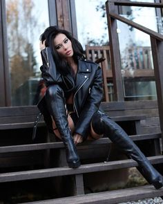 Leather pants and jacket street style  #highheelbootslatex #highheelbootsskirt #highheelbootsknee