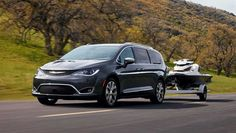 An impressive new look of the 2017 Chrysler Pacifica Hybird Minivan. This new minivan has a fabulous exterior and comfortable interior.