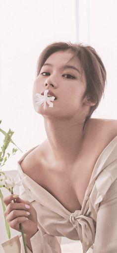 Kpop Girl Groups, Korean Girl Groups, Kpop Girls, Korean Beauty, Asian Beauty, Yoon Sun Young, Sana Momo, She's A Lady, Sana Minatozaki