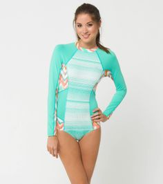 O'Neill 365 Celia long sleeve surfsuit. Perfect teal wetsuit for warmer water.