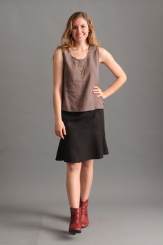With a waist-to-hem length, this flouncy casual skirt lands just below the knee on average heights. Hand crafted in the US of hemp/Tencel that breathes beautifully. Travel Clothes Women, Travel Clothing, Sustainable Clothing, Sustainable Design, Ethical Clothing, Draped Fabric, Straight Skirt, Fashion Moda, Capsule Wardrobe