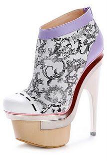 Versace - Alice in Wonderland