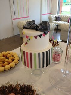 Mon beau gâteau pour le jour J Cupcakes, Cake Art, Cookies, Desserts, Food, Beautiful Wedding Cakes, Biscuits, Meal, Art Cakes