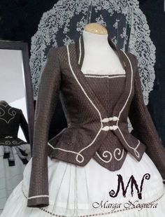 Modelos exclusivos Renaissance Clothing, Historical Clothing, 1700s Dresses, 18th Century Costume, Period Outfit, Folk Costume, Mode Vintage, Gothic Lolita, Victorian Fashion
