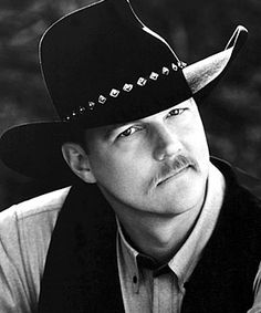 Trace Adkins is the best country singer ever!!