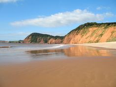 Jacob's Ladder beach on the west side of Sidmouth with its distinctive red Cliffs. (C) Ian James Cox :: Geograph Britain and Ireland. Sidmouth | East Devon