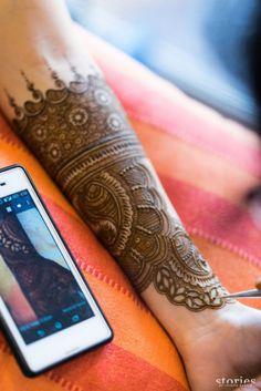 Photo from Tanisha & Nikhar Wedding Henna Hand Designs, Dulhan Mehndi Designs, Mehandi Designs, New Bridal Mehndi Designs, Mehndi Designs Finger, Mehndi Designs Book, Indian Henna Designs, Mehndi Designs For Girls, Mehndi Designs For Beginners