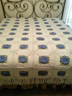 Crocheted Bedspread Granny Squares with 3 layer Blue Flowers & Green Trim - Has Fringe on 3 sides - Size Full/Double Crochet Bedspread, Love Crochet, Knitted Blankets, Granny Squares, Bed Spreads, Blue Flowers, Bed Sheets, Comforters, Crochet Patterns