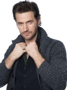 Oh No They Didn't! - Your favorite dwarf king Richard Armitage has a new photoshoot