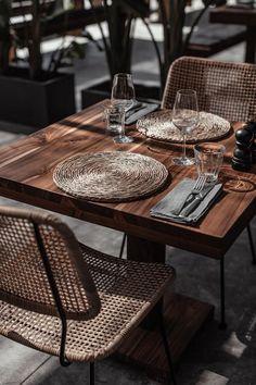 ★★★★★ OKU Ibiza - Former Casa Cook Ibiza, Sant Antoni de Portmany, Spanien Restaurant Bar, Outdoor Restaurant Design, Decoration Restaurant, Restaurant Interior Design, Cafe Interior, Restaurant Table Setting, Cafe Design, Rustic Design, Ibiza