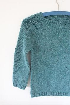 Ravelry: Svipser's Flax. Free pattern. When you want a basic pullover with a style tweak.