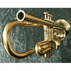 Made by Wayne Tanabe before he was recruited to go work for Yamaha. This is number 6 of only 12 made. bore with Bauerfine valves and a rimless bell ( no bead ) like the Conn. Trumpets, It Works, Chicago, Brass, Note, Trumpet, Nailed It, Rice