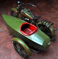 Boat or sidecar