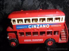 Autobus de Londres con publicidad  cinzano-London Transport- ( vendido,sold)