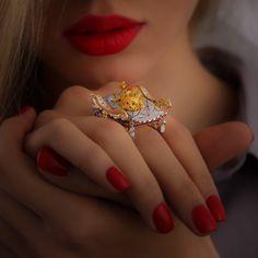 """""""York"""" Dog Jewelry, Animal Jewelry, Jewelry Art, Jewelry Rings, Fine Jewelry, Jewelry Design, Jewellery, Black Diamond, Diamond Rings"""