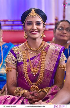 Assamese bridal makeup by Nandita Roy at Guwahati. South Indian Weddings, South Indian Bride, Candid Photography, Wedding Photography, South Indian Hairstyle, South Indian Sarees, Indian Groom, Hottest Models, Bridal Looks