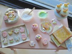Dollhouse miniature Spring cookies by Kimsminibakery on Etsy