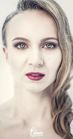 By Emmi, winter, talvi, portrait, christmas, joulupallot, silver, hopea, dress, mekko, hopeinen mekko, beauty, beautyful