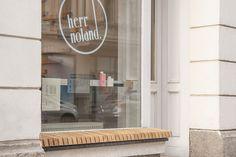 herr noland friseur leipzig hairdresser store design herr noland herrin friseur und design. Black Bedroom Furniture Sets. Home Design Ideas