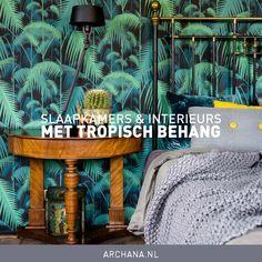 Slaapkamers en interieurs met tropisch behang | ARCHANA.NL Windows, Doors, Flooring, Wallpaper, Space, Benches, Armchairs, Floor Space, Wallpapers