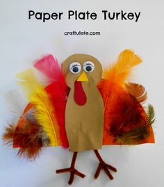 This paper plate turkey craft is a fun activity to do for Thanksgiving!